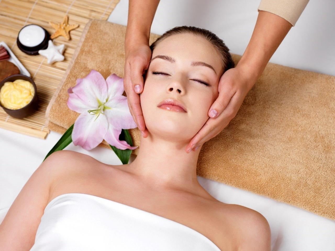Nature's Moon Massage Therapy & Medspa In Burbank, CA