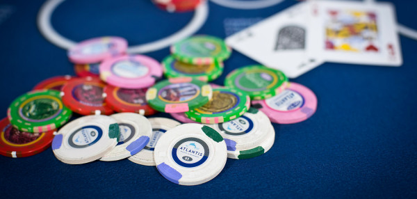 Gambling Addiction Treatment and Therapist