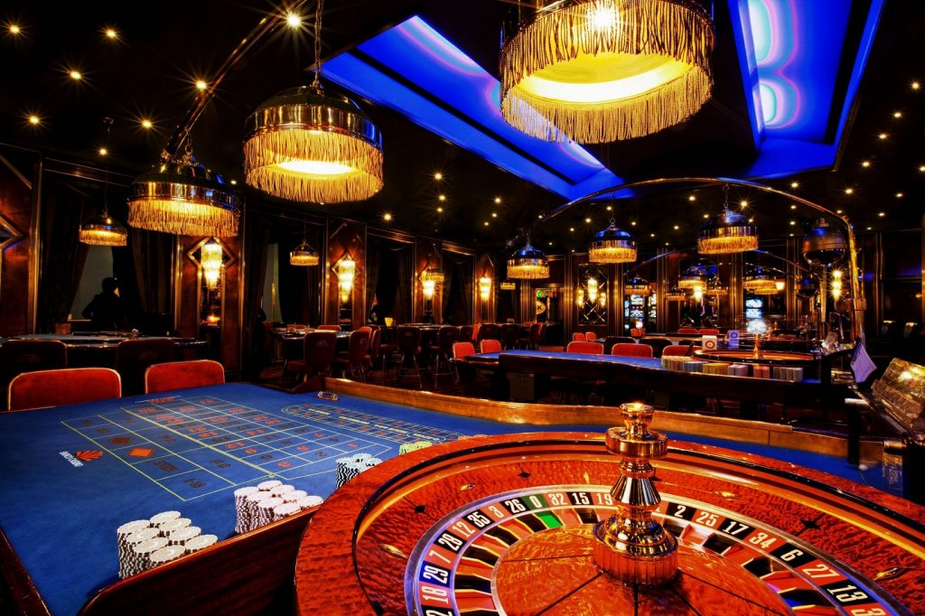 Four Issues You Must Know About Casino