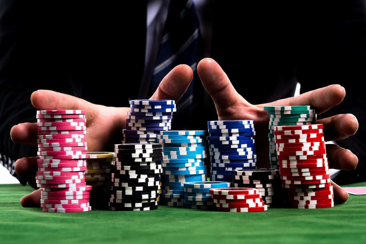 Brief Article Teaches You The Ins And Outs Of Gambling